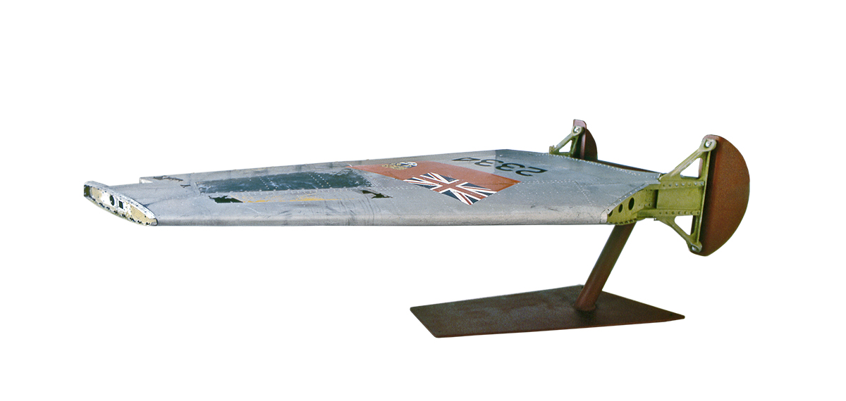 w-tableWing_04.jpg